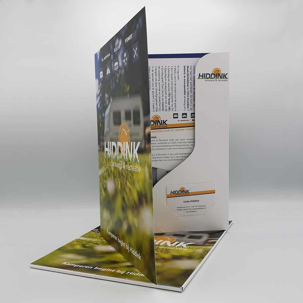 Hiddink-Caravans-brochuremappen-drukwerk-buro-bedenkt