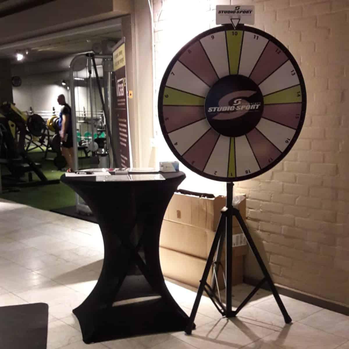 studiosport-tubbergen-huisstijl-drukwerk-prijzenrad-burobedenkt2